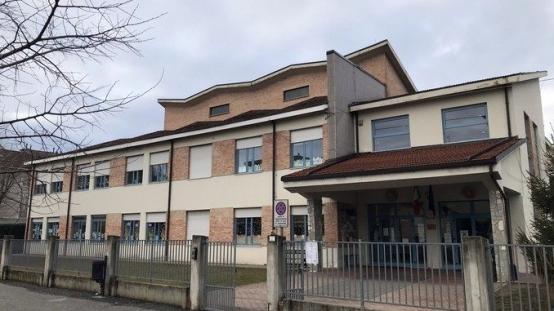 Fondi dalle aziende per la scuola di Santo Stefano Belbo.