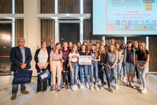 La scuola di Santo Stefano Belbo alla Federchimica giovani.