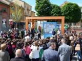 L'inaugurazione della casetta per la distribuzione dell'acqua potabile.